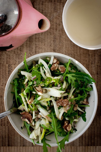 Салат из зеленой чечевицы